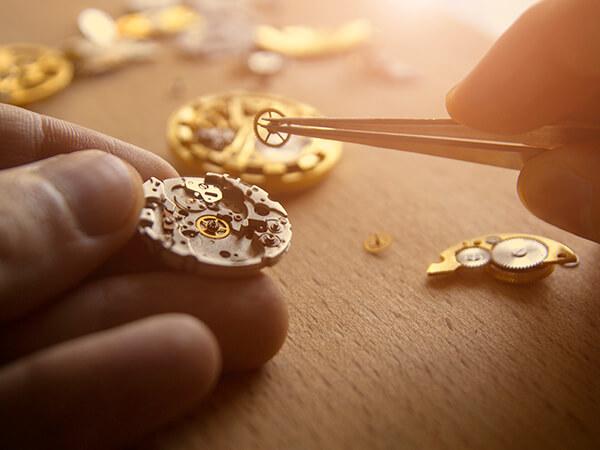 erp implementation detail 02 watchmaker assembling watch